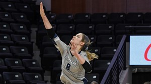 Hobbs honored as Sports Imports/AVCA Player of the Week